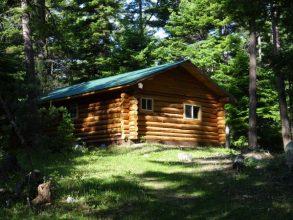 Honeymoon cabin back R