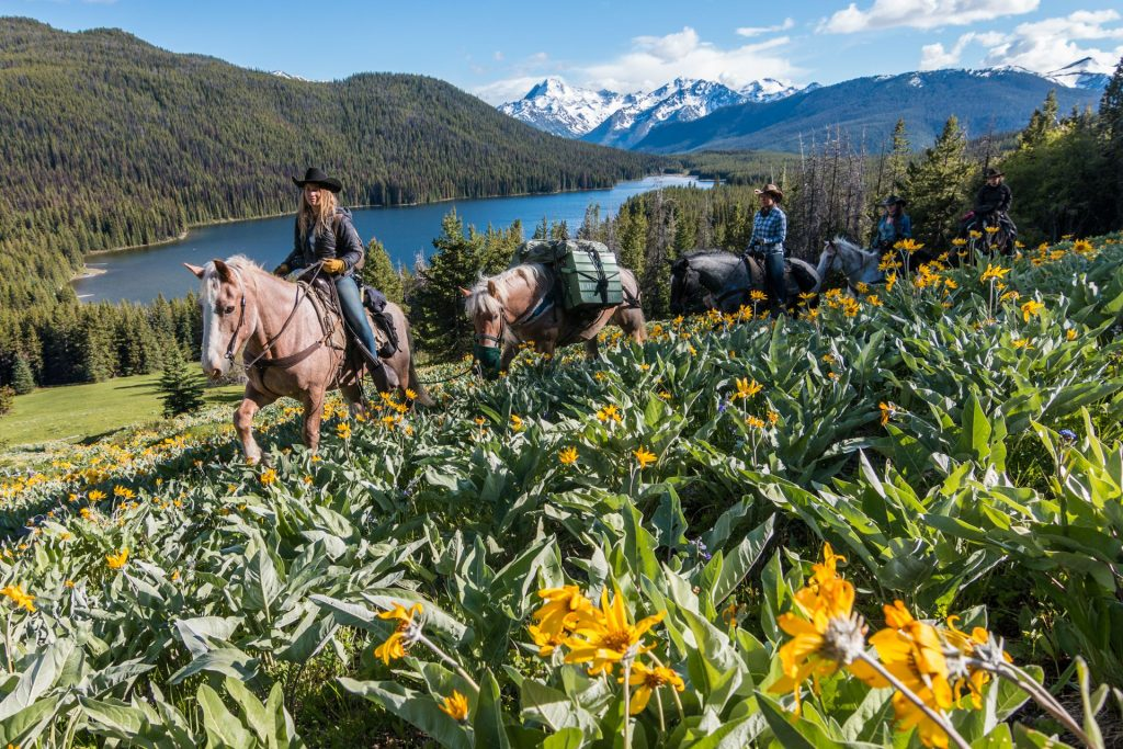 Chilcotin Holidays Horse pack trip at Spruce Lake in the South Chilcotin